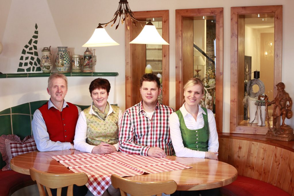 Gasthof Waldbauer Familie